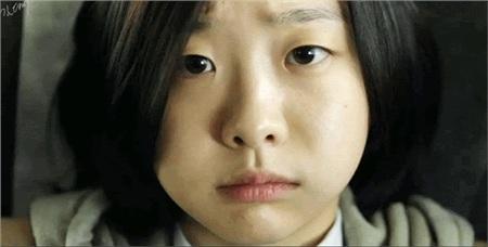 'Bộba mắt một mí'tạo nên xu hướng nữ chính cool ngầu trên màn ảnh: 'Điên nữ' Kim Da Mi đang khiến dân tình chao đảo trong 'Iteawon Class' 3