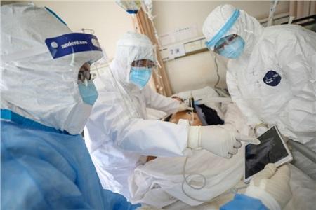 Theo chính quyền Hồ Bắc, tỉnh này tiếp nhận khoảng 32.000 nhân viên y tế từ khắp cả nước đến để tiếp viện cho cuộc chiến chống dịch Covid-19
