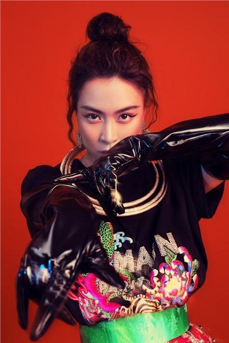 'Mỵ' Hoàng Thuỳ Linh mở màn chuỗi chương trình Music Home mùa 2 1