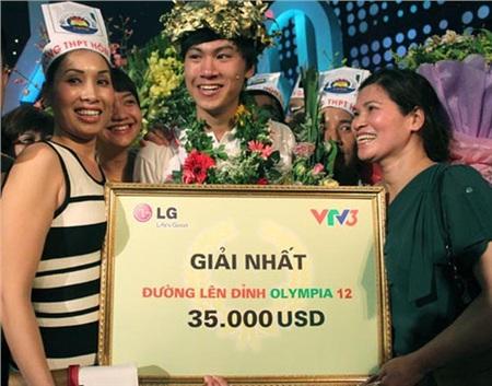 Thái Hoàng trở thành học sinh đầu tiên của trường THPT Hòn Gai cũng như tỉnh Quảng Ninh chiến thắng tại sân chơi trí tuệ này.