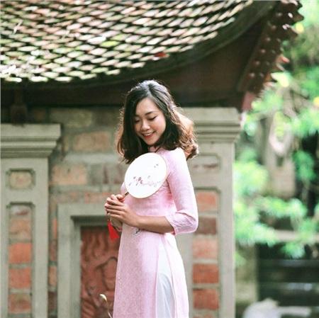Nhan sắc ngoài đời của cô Vũ Thái Hà, giảng viên ĐH Xây Dựng