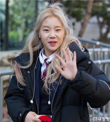 Blogger chuyên đăng ảnh dìm idol chưa qua chỉnh sửa: Những ai không thể sống thiếu photoshop? 1