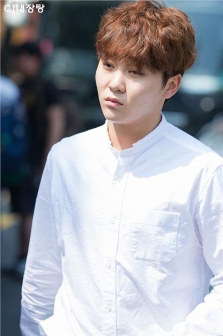 Blogger chuyên đăng ảnh dìm idol chưa qua chỉnh sửa: Những ai không thể sống thiếu photoshop? 5