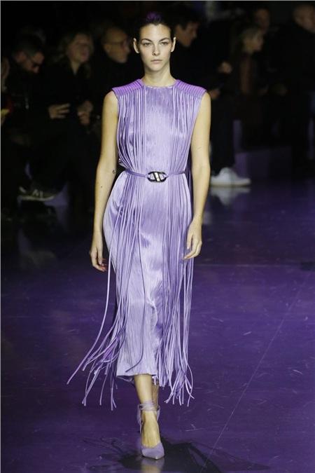 Tua rua bất ngờ lên ngôi trên các sàn diễn trong Milan Fashion Week Spring and Fall 2020 7
