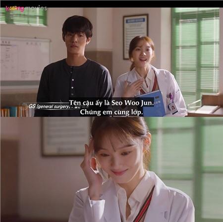 Cha Eun Jae 'biến hình', trở nên nữ tính và dịu dàng mỗi lần nói chuyện với tiền bối Bae Moon Jung.