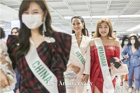 Việt Nam xuất sắc đứng thứ 2 phần thi Talent tại 'Miss International Queen' 0