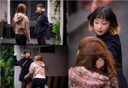 Con gái quận trưởng từng bắt nạt bạn cùng lớp bị Jo Yi Seo quay hình đăng lên mạng, tình cờ gặp gỡ và bị 'điên nữ' tặng 12 phát tát