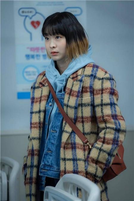 Ảnh hậu trường của Kim Da Mi 'Itaewon Class': Trong phim siêu 'ngầu', ngoài đời lại siêu đáng yêu 28