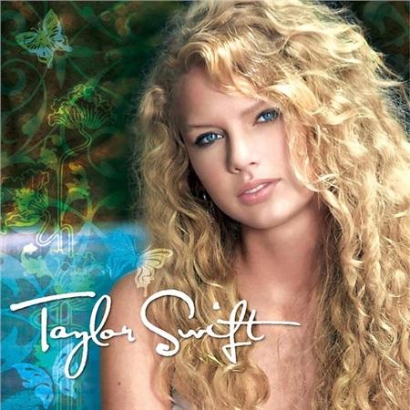 Chỉ với album đầu tay, Taylor Swift đã gặt hái được thành công đáng kể.
