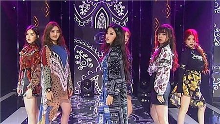 11 outfit 'khó hiểu' của các nhóm nhạc Kpop gần đây, BlackPink và BTS bất ngờ đứng top đầu 3