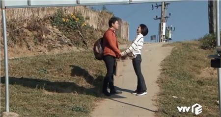 'Mùa xuân ở lại' tập 3: Anh bộ đội biên phòng Huỳnh Anh xị mặt ghen tuông khi biết cô giáo Hòa đã có người yêu 10