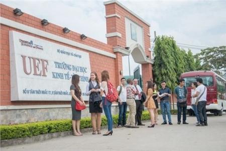 3 trường đại học tại TP.HCM cho sinh viên nghỉ học đến tháng 5 để tránh dịch COVID-19 1