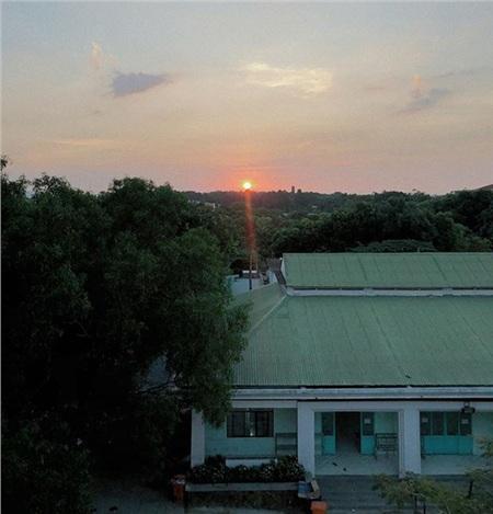 Một số giây phút thanh bình của Vũ Thảo My tạiTrung tâm Giáo dục Quốc phòng An ninh ở Dĩ An, Bình Dương.