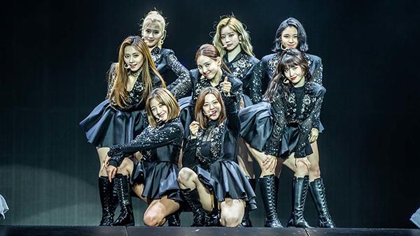 SuperM, TWICE, Taeyeon, GOT7 tiếp tục hủy hàng loạt concert trên khắp Châu Á do dịch Covid-19 1