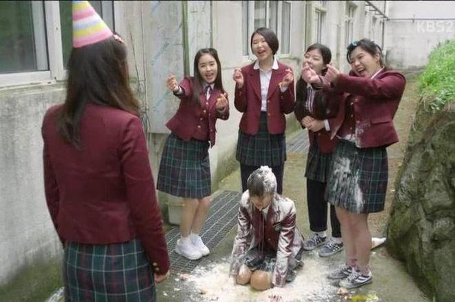 Nhân dịp nghỉ tết lần thứ…n, 'cày' lại series School đình đám xứ Hàn trước thềm phiên bản 2020 lên sóng 3