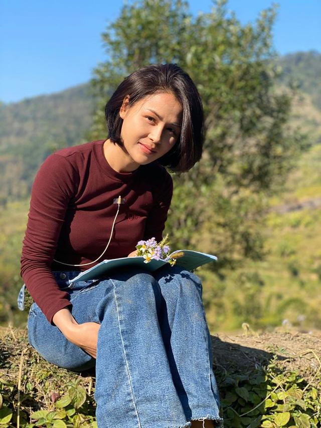 'Cô giáo Hòa' Thu Trang của Mùa xuân ở lại: 'Tôi và Huỳnh Anh nếu có nhắn tin thì cũng chỉ nhắc đến phim chứ chưa bao giờ nói chuyện riêng tư' 4