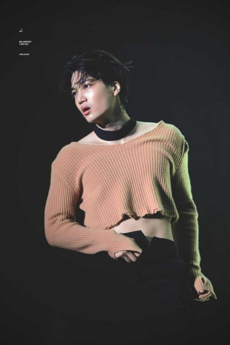 Mấy ai được như Kai (EXO), chuộng toàn đồ unisex cùng phong cách makeup đậm nhưng vẫn nam tính, sexy 'chết người' 10