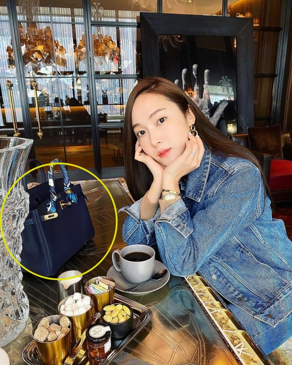 Bộ sưu tập hơn 300 túi xách, trị giá 22 tỷ đồng của Jessica 2