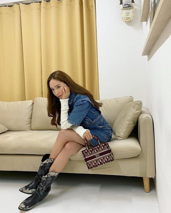 Bộ sưu tập hơn 300 túi xách, trị giá 22 tỷ đồng của Jessica 6