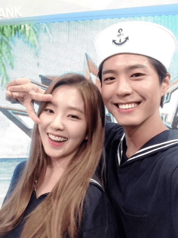 Cặp đôi trai tài gái sắc của Music Bank một thời.