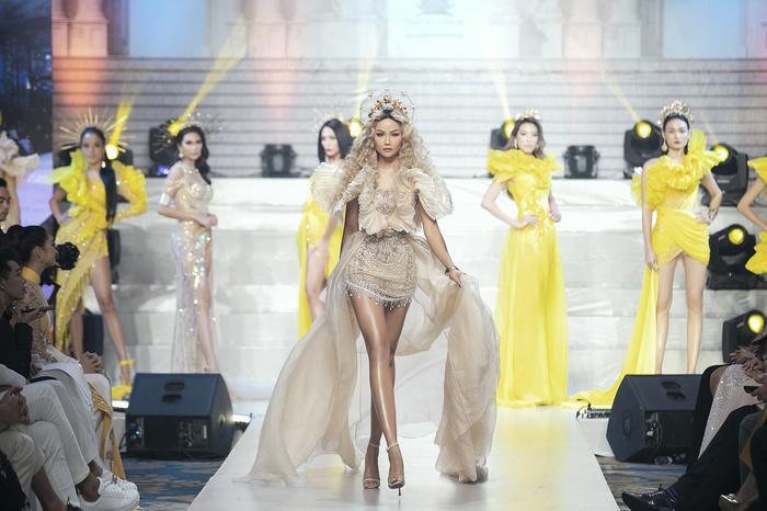 Sau gần 3 năm đăng quang hoa hậu, H'Hen Niê thu nhập 'khủng' cỡ nào? 5