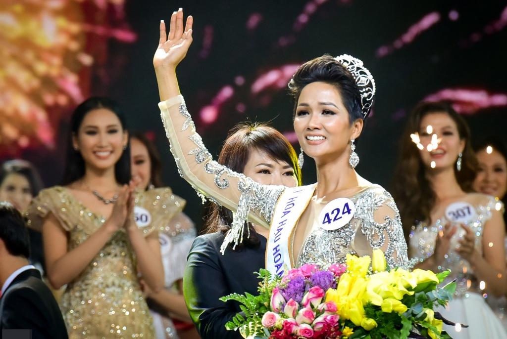 Sau gần 3 năm đăng quang hoa hậu, H'Hen Niê thu nhập 'khủng' cỡ nào? 1