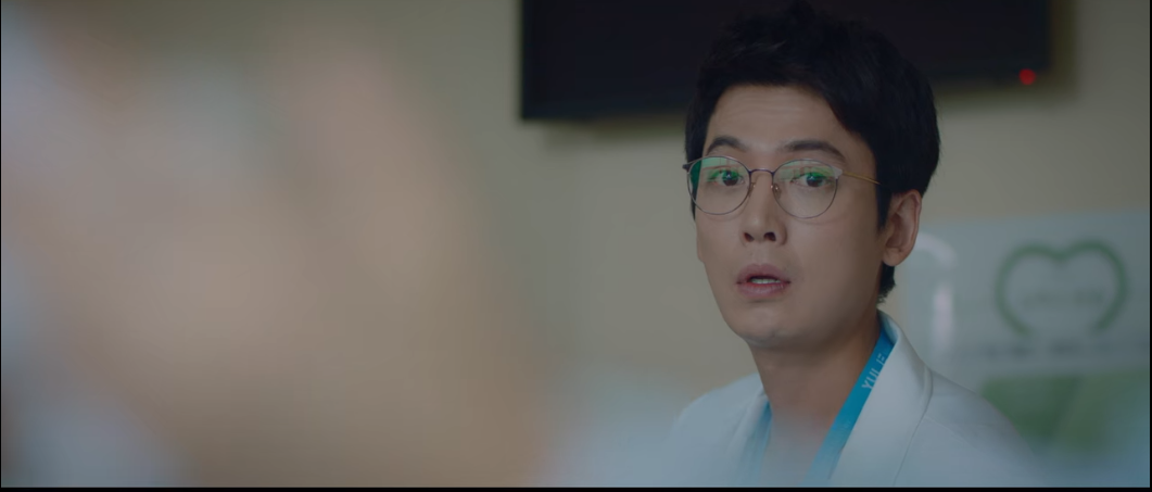 Cười vật vã nghe anh em giáo sư Ik Jun trong 'Hospital Playlist' dùng rap trả treo nhau như sắp thi 'Show me the money' 7