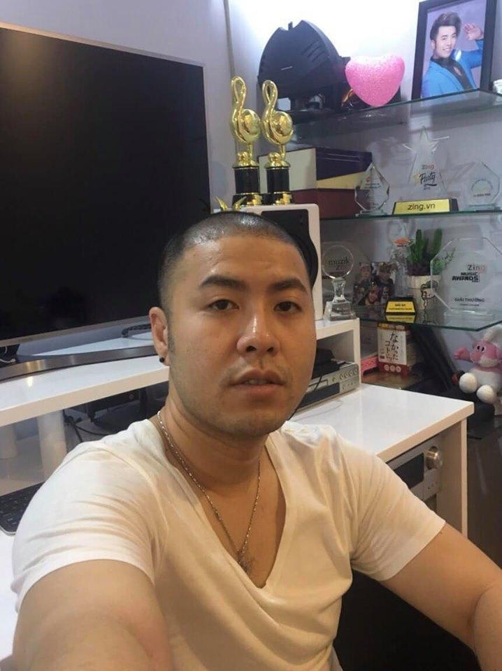 Akira Phan với nhan sắc xuống cấp trầm trọng trước lúc dao kéo