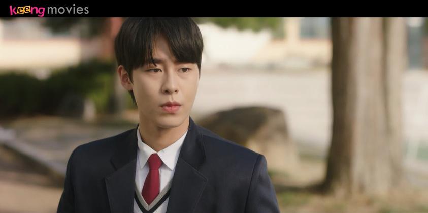 Lần đầu tiên Jang Woo gặp Eul Sil, trước đó còn nói không quan tâm đến con gái nhưng nhìn thấy Eul Sil là tim chắc cũng lỗi nhịp 5s