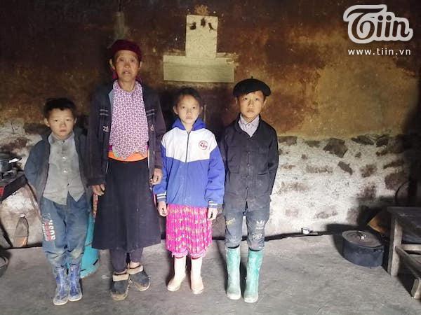 Cậu bé 12 tuổi nhiều ngày không được ăn cơm, đi cõng gạch thuê kiếm 30 nghìn đồng nuôi cả gia đình giữa mùa Covid 3