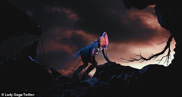 Lady Gaga tiết lộ tạo hình tiếp theo trong album Chromatica.