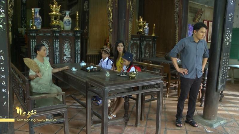 Không muốn gia đình tiếp tục xào xáo, Phong xin lỗi Tuyết.