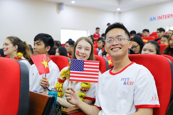 Đại học song ngữ - quốc tế: Lựa chọn khởi đầu tương lai của nhiều bạn trẻ 4