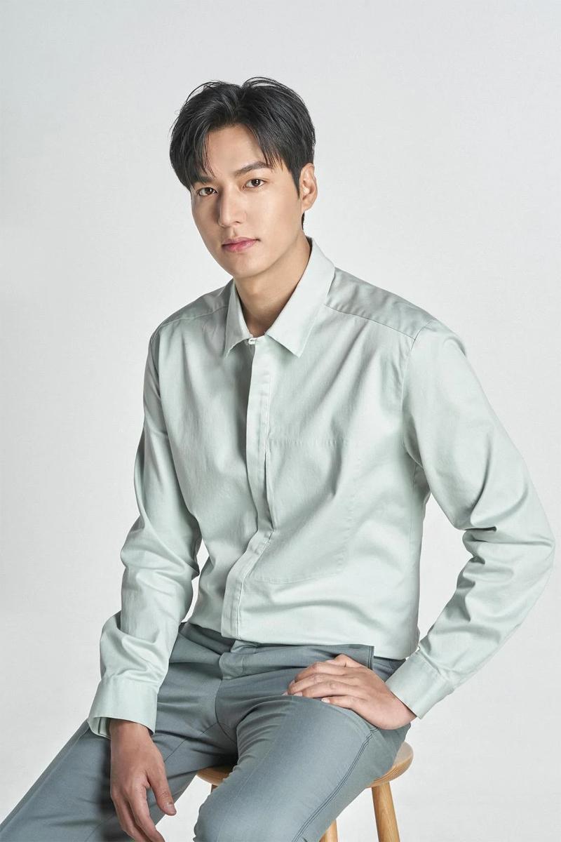 10 bí mật về các nam tài tử màn ảnh Hàn Quốc: Song Joong Ki từng trộm đồ ăn, Lee Min Ho là game thủ tài ba 9