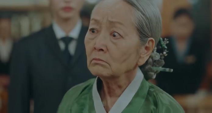 Mẹ của Kang Sin Jae bị Thượng cung Noh phát hiện làm gián điệp cho Lee Lim?