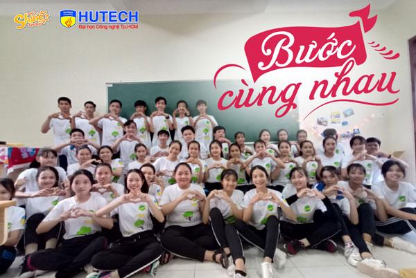 Kỷ yếu lớp 10A1 trường THPT Lương Thế Vinh (Bến Tre) mang thông điệp 'Bước cùng nhau'