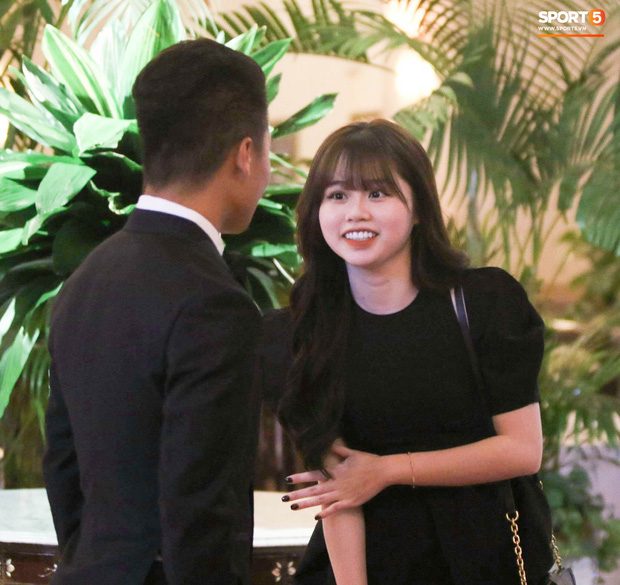 Quang Hải và bạn gái trong sự kiện mới đây.