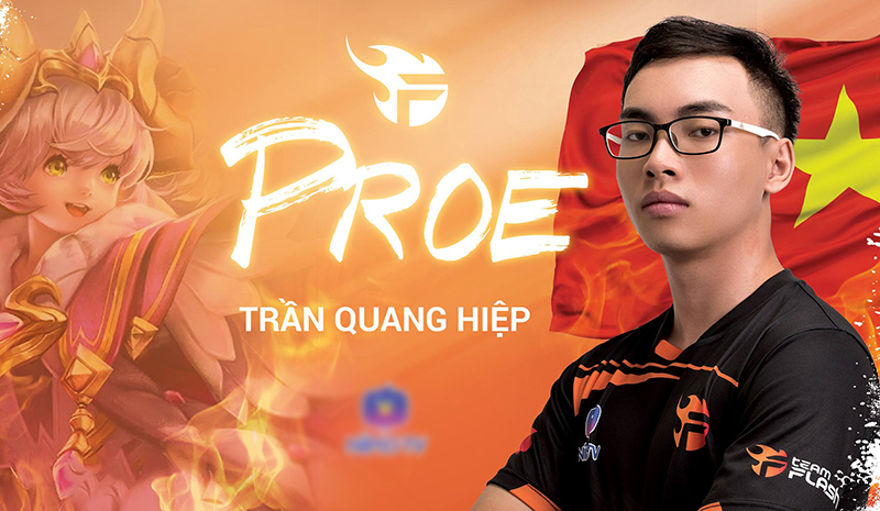ProE chơi ở vị trí support và đã cùng Team Flash gặt hái nhiềuthành công.