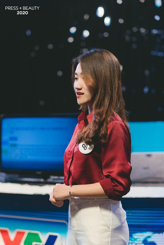 Bằng cách thể hiện bài dự thi qua một chương trình truyền hình, thí sinh Bùi Phương Linh đã lựa chọn hóa thân thành một nữ biên tập viên, truyền tải tới khán giả thông điệp qua trọng về giá trị sức khỏe của con người.