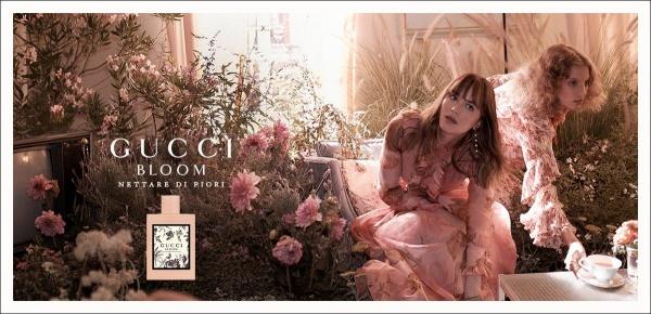 Năm 2017 khi Alessandro Michelle ra mắt dòng nước hoa GUCCI Bloom, hình ảnh quý cô thanh lịch và cổ điển Dakota Johnson đã khiến giới mộ điệu mê mẩn