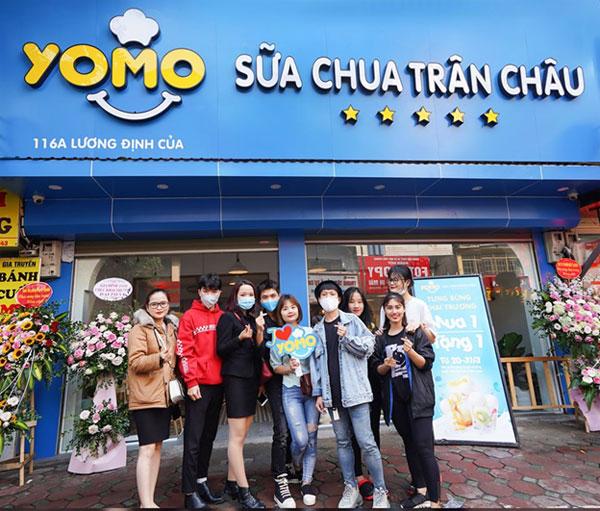 Sữa chua trân châu Yomo luôn có lượng khách đông và ổn định