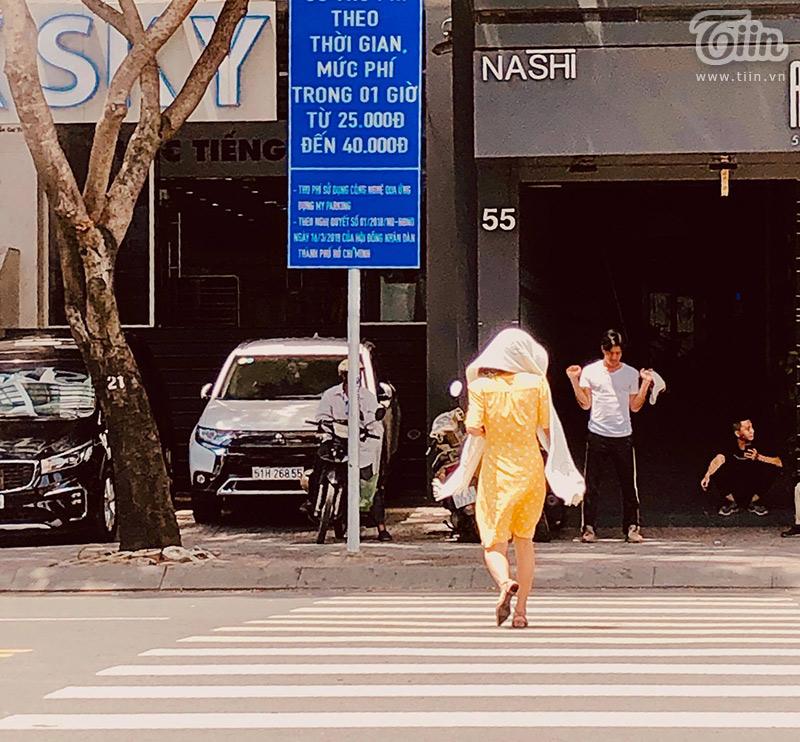 Với người Sài Gòn, 'sáng nắng chiều mưa' là một đặc sản của thời tiết...