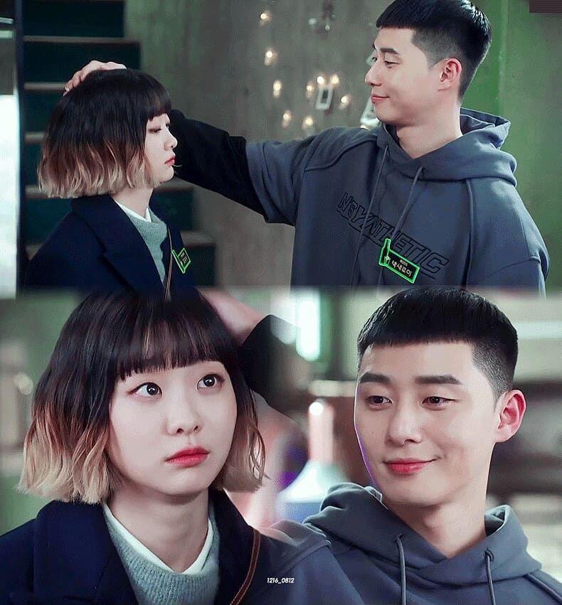Khán giả chia 2 phe, 1 phe ủng hộSae Ro Yi về với tình đầuSoo Ah, một phe ủng hộ '2 tay, 2 chân' anh đến vớiYi Seo. Kết quả là 'thuyền' của Sae Ro Yi và Yi Seo đã cập bến.