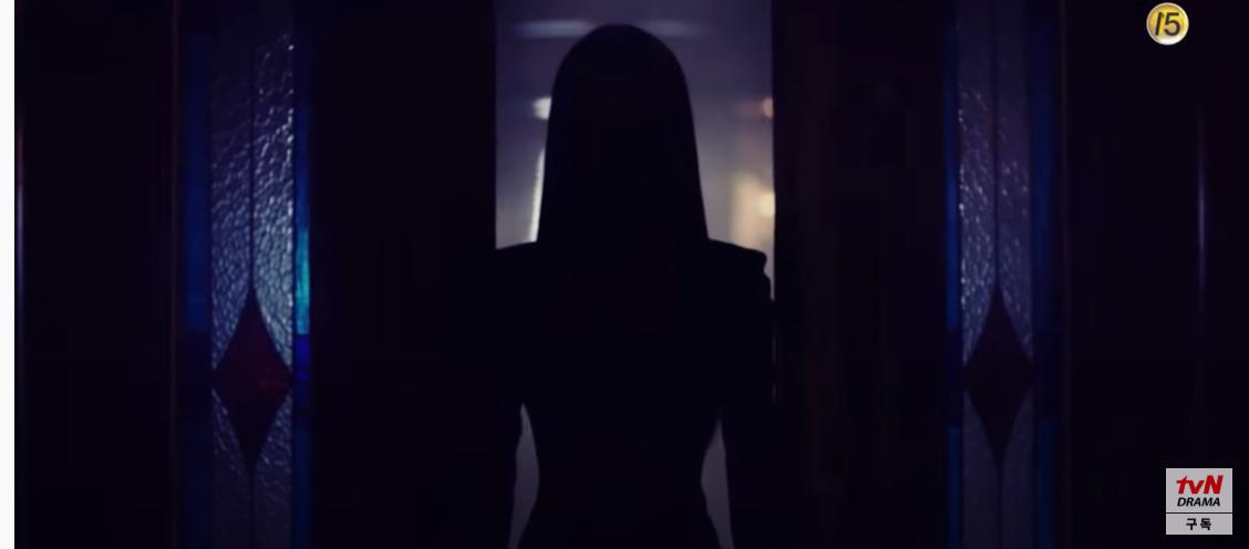 'Psycho But It's Okay' tung trailer mới: Seo Ye Ji ma mị nhưng 'rơi liêm sỉ' khi thấy body Kim Soo Hyun 0