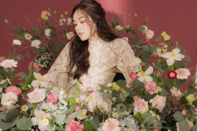 Khoe vẻ ngọt ngào trong bộ ảnh mừng tuổi mới, Tường San xứng danh Top 8 Miss International 0