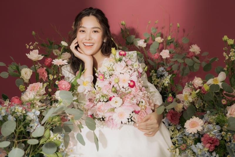 Khoe vẻ ngọt ngào trong bộ ảnh mừng tuổi mới, Tường San xứng danh Top 8 Miss International 4