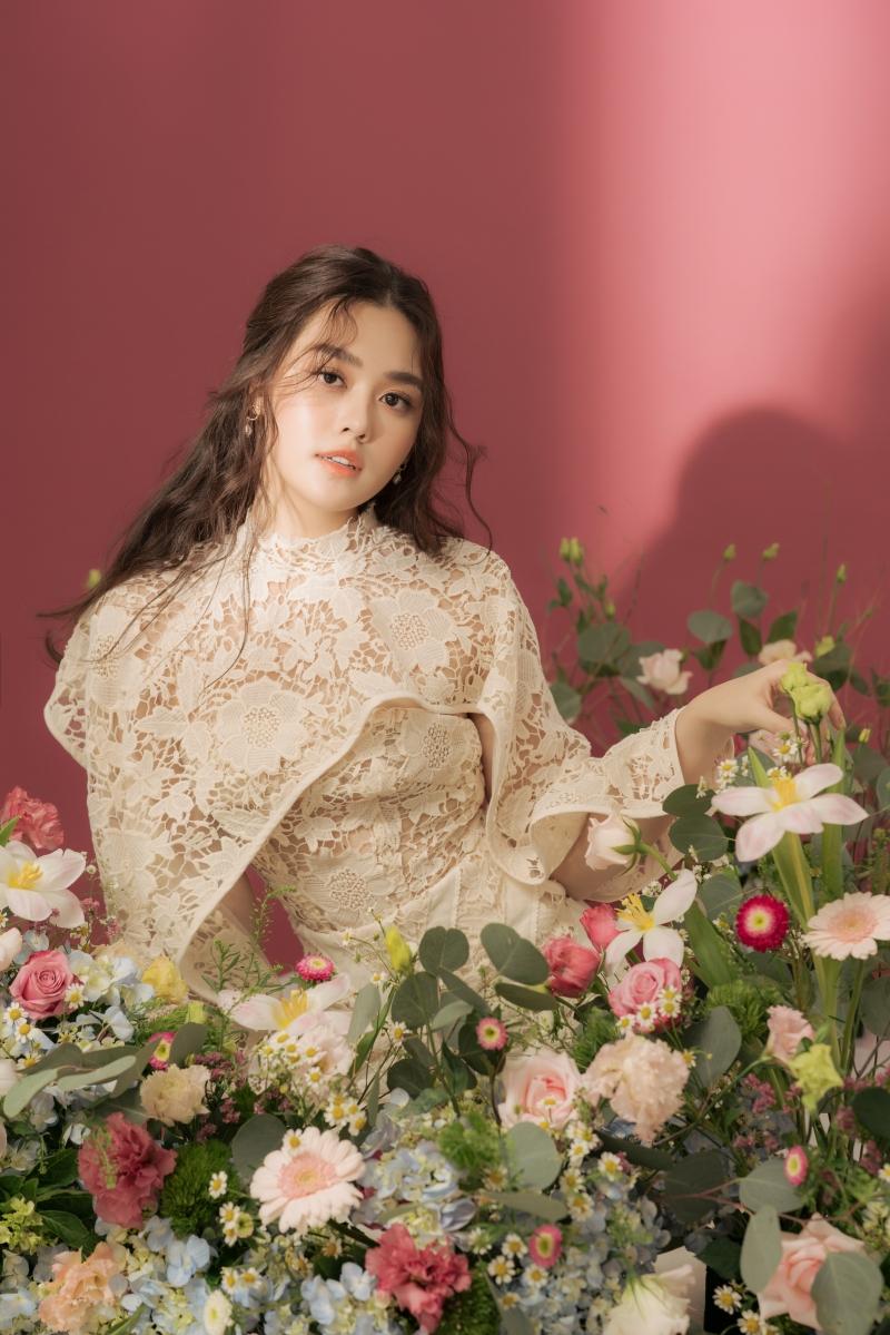 Khoe vẻ ngọt ngào trong bộ ảnh mừng tuổi mới, Tường San xứng danh Top 8 Miss International 7