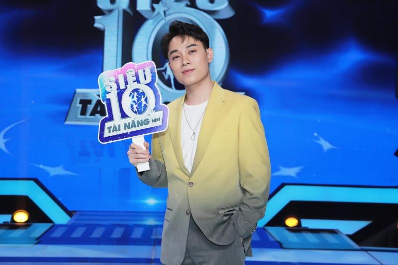 'Siêu tài năng nhí': Trấn Thành yêu chiều Hari Won, Gil Lê bị gọi là 'chú' 5