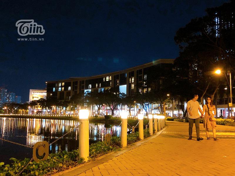 Cầu Ánh Sao - điểm hẹn hò lý tưởng của các cặp tình nhân Sài Gòn trong những đêm hè 9