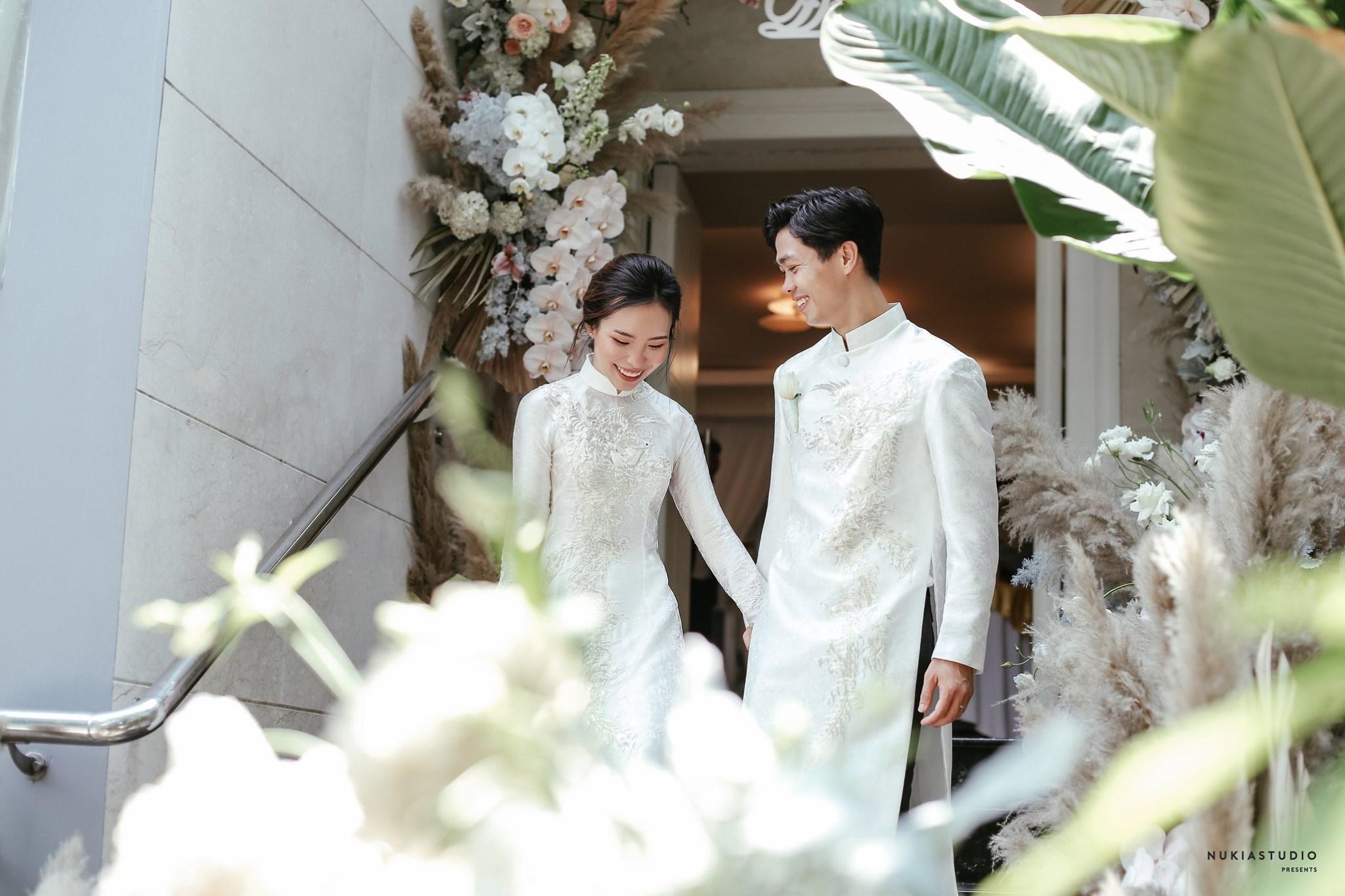 Công Phượng chính thức lên tiếng sau lễ ăn hỏi bí mật, tung ảnh cưới hạnh phúc bên cô dâu xinh đẹp 3